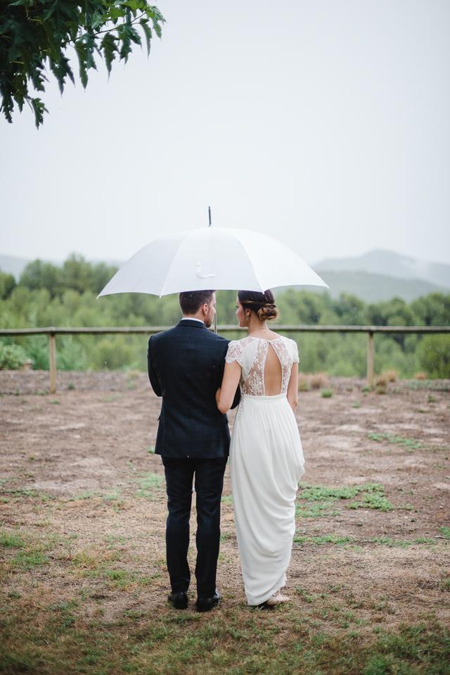 boda-con-encanto-lluvia-masialagarriga-58